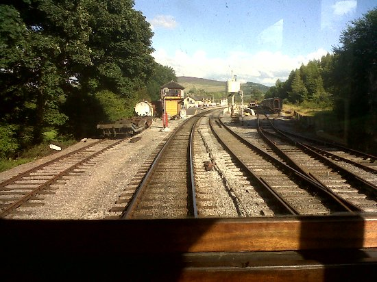 Embsay & Bolton Abbey Steam Railway: leaving Bolton Abbey station