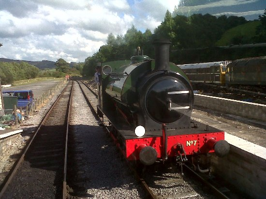 Embsay & Bolton Abbey Steam Railway: Bolton Abbey station turnaround