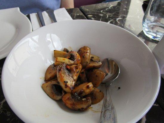 Heathfield, UK: Mezzes - mushrooms.
