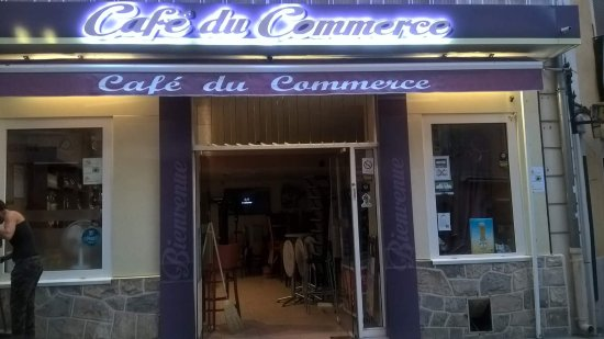 ‪Bar du Commerce‬