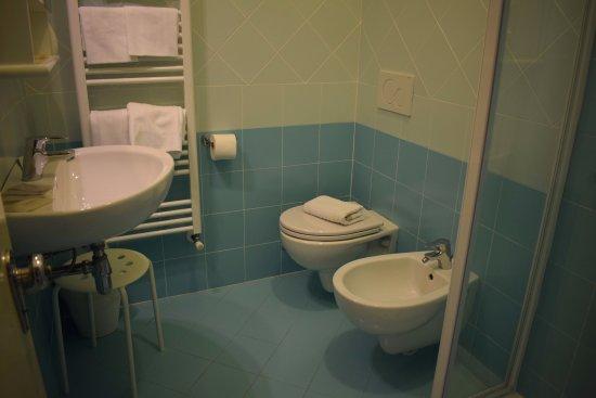 Bagno nuovo foto di hotel doria cavi tripadvisor for Bagno nuovo