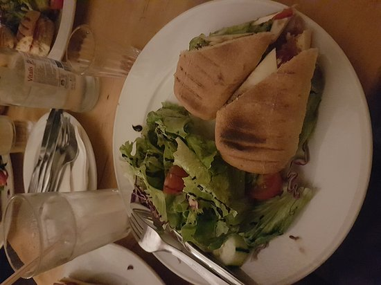 Pois Cafe: 20170828_215422_large.jpg