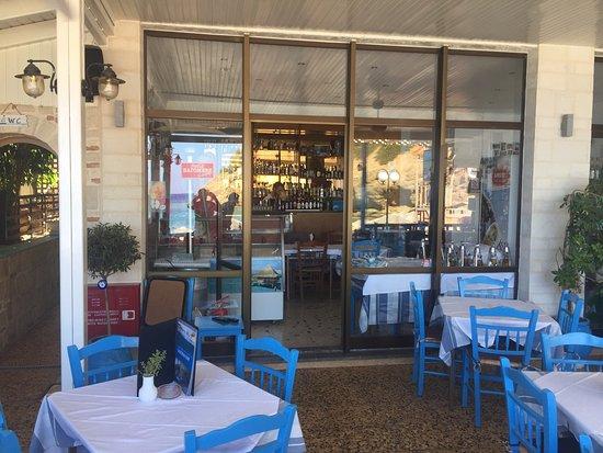 Picture of taverna bar vasilis agia pelagia - Mobile bar taverna ...