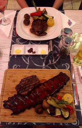 American Grill Restaurant & Bar: photo0.jpg