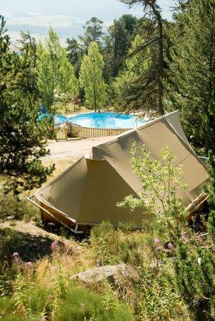 Huttopia Font-Romeu: Camping
