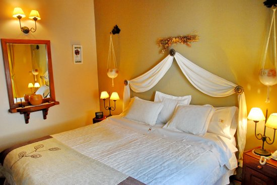 "Rotui Apart Hotel: Cabaña Estandar Superior - Sommier, Led 32"""