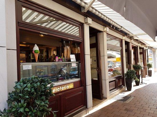 Cafe-Restaurant Graupner: Cafefassade