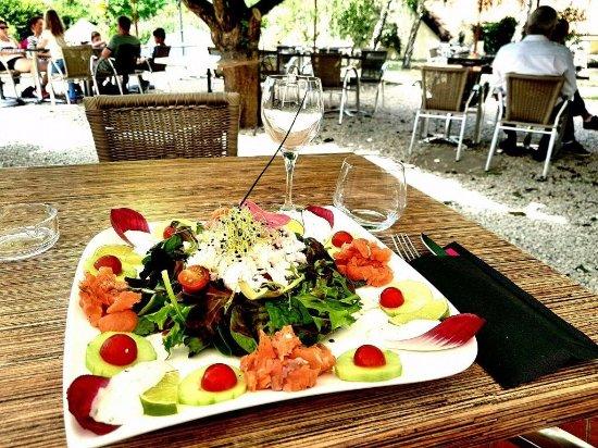 Les terrasses de Lascaux: Salade Océane