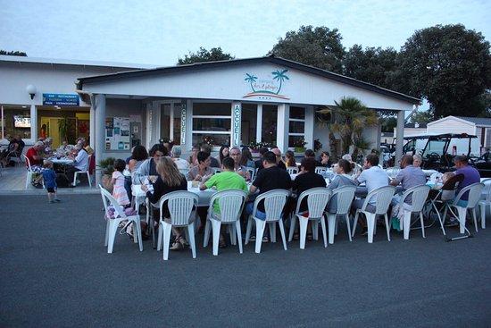 Camping des 2 plages saint palais sur mer france voir for Camping st palais sur mer avec piscine
