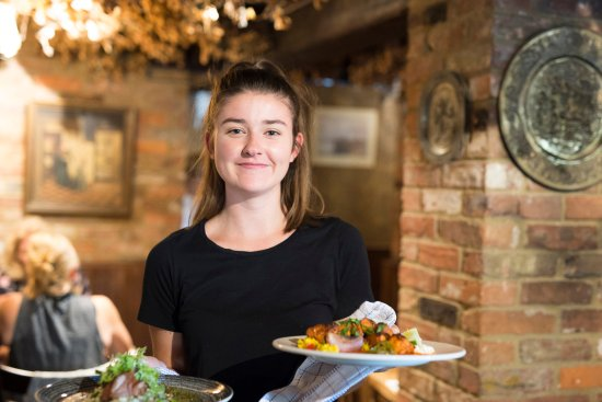 The Oak on the Green: Oak on the Green, Bearsted, Maidstone