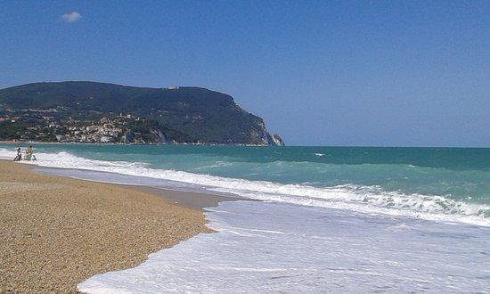 Marcelli di Numana, Italy: Spiaggia di marcelli