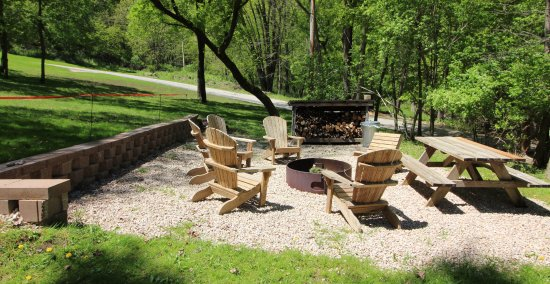 McGregor, IA: Cabin 1, 2, & 3 Shared Fire Pit