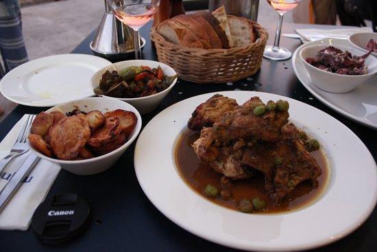 Gululu Restaurant: うさぎの煮込み