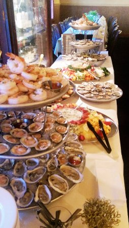 Litchfield, CT: Private Party Raw Bar Spread