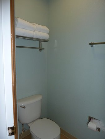 La Quinta Inn & Suites Newport Photo