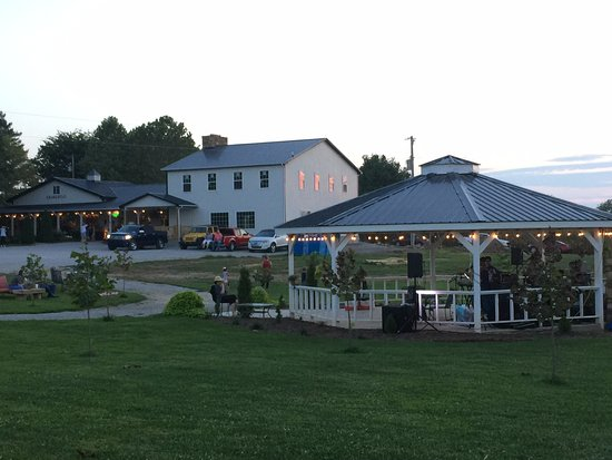 Princeton, KY: Adams Breezy Hill Farm Restaurant & Mercantile.  Also pictured is our new 30ft Gazebo.