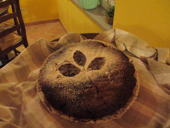Contignano, Italien: torta di cioccolato fondente con cuore morbido