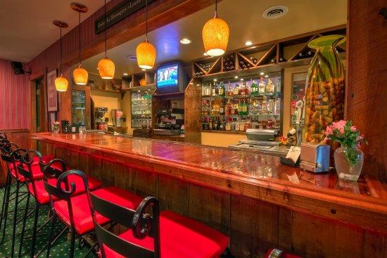 Linville Falls, Karolina Północna: Full-Service Bar