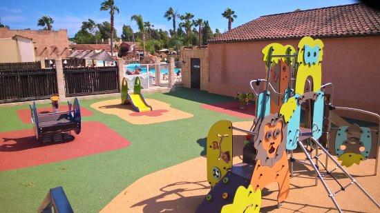 Camping les Palmiers : Aire de jeux pour enfants