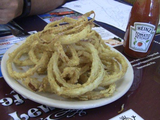 Saint Clair, MO: Love onion rings