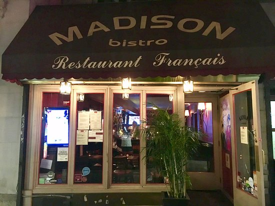 Madison Bistro: Front store