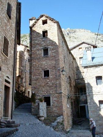 Erto e Casso, Italy: Antiche case