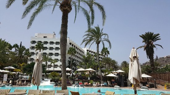 Corallium Beach By Lopesan Hotels: pool and hotel in day_large.jpg