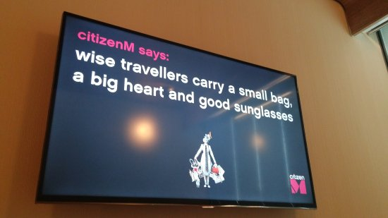 citizenM Schiphol Airport: 20160927_173419_large.jpg