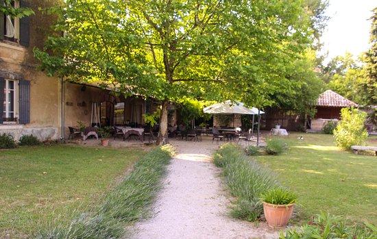 Cabrieres-d'Avignon照片