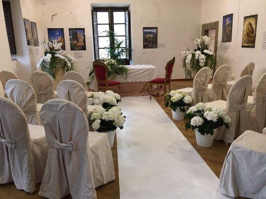 Capo d'Orlando, Italie : la sala interna del piccolo castello