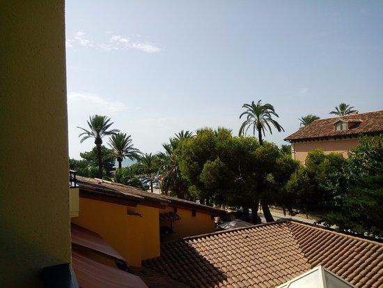Hotel Ceferino: vista lateral del mar