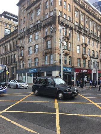 Premier Inn Glasgow City Centre (George Square) Hotel: photo0.jpg