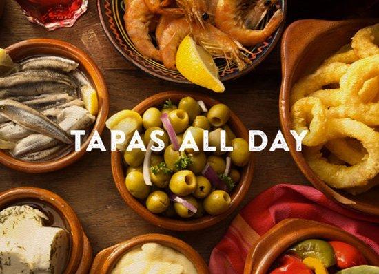 Clayton, Миссури: Tapas All Day ~ Sangria All Night!