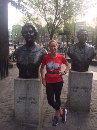 Tourist Run Amsterdam: We stopped for photo ops during the run.