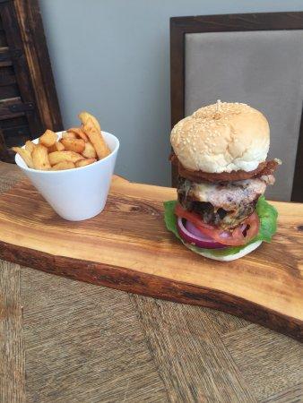 Harleston, UK: Beef & Balsamic beef Burger