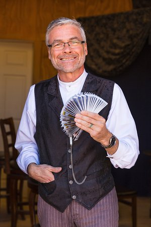 Hualapai Ranch: Time for the Magic Show.