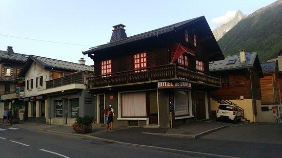 Hotel de l'Arve: I