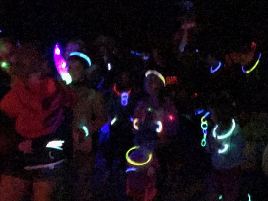 Jellystone Park Camp and Resort: Glow dance party