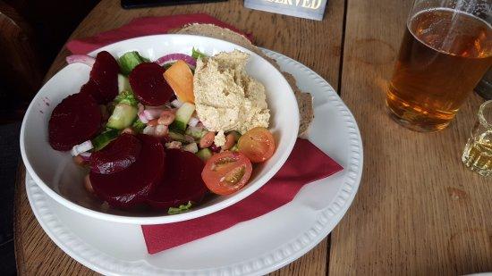 Eagle & Child Inn: Salad