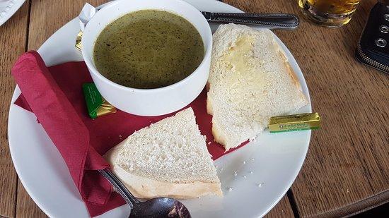 Eagle & Child Inn: Soup