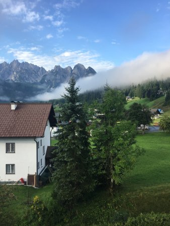 Hinterstoder, ออสเตรีย: Вид с террасы ранним утром
