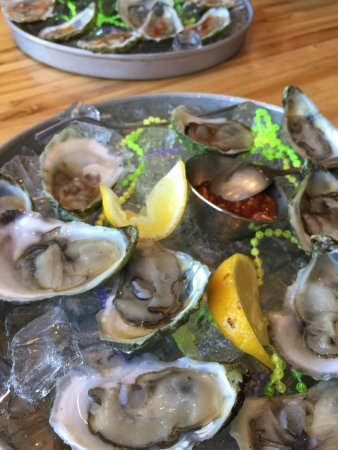 Hot Suppa: The raw oyster happy hour.