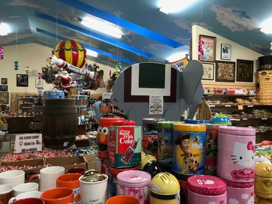 Orrtanna, PA: The candy store
