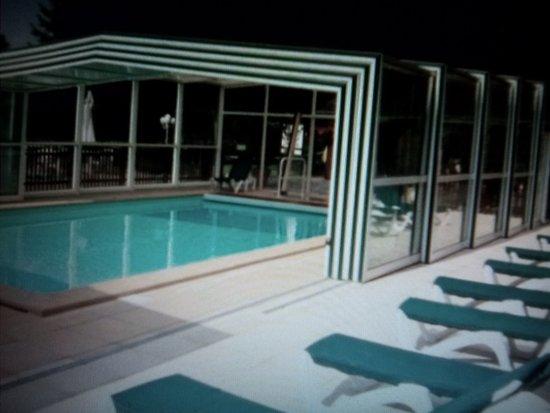 Ouchamps, Франция: belle piscine