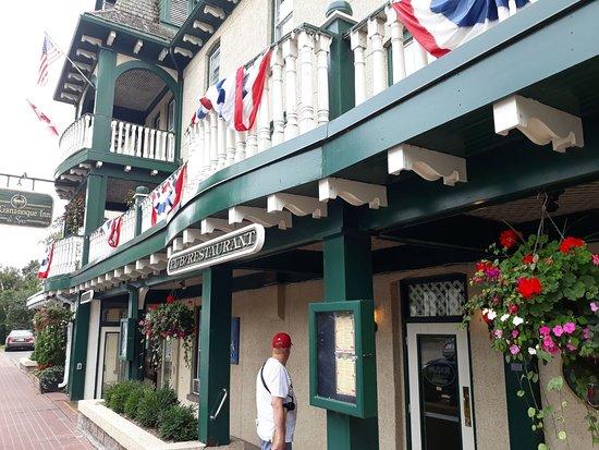 The Gananoque Inn and Spa: IMG-20170823-WA0003_large.jpg