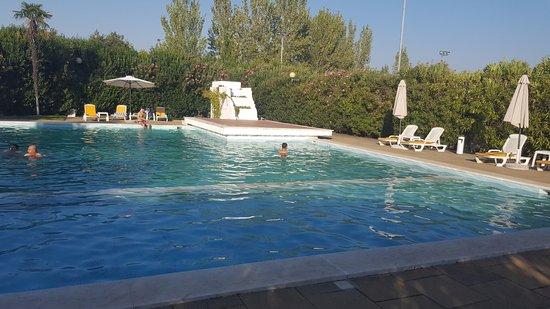 Sl hotel santa luzia elvas desde portugal for Piscina elvas