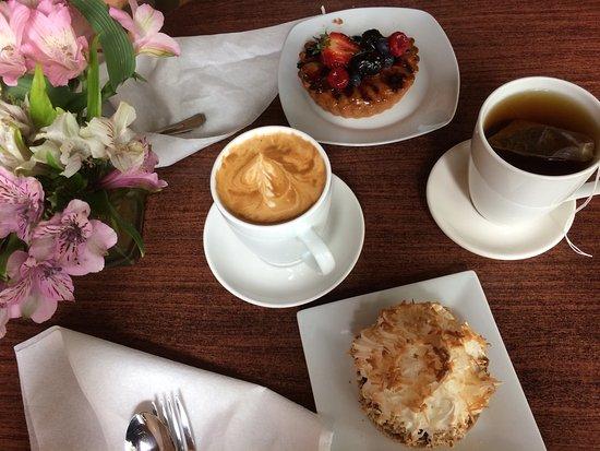 Karen Donatelli Bakery and Cafe: photo0.jpg