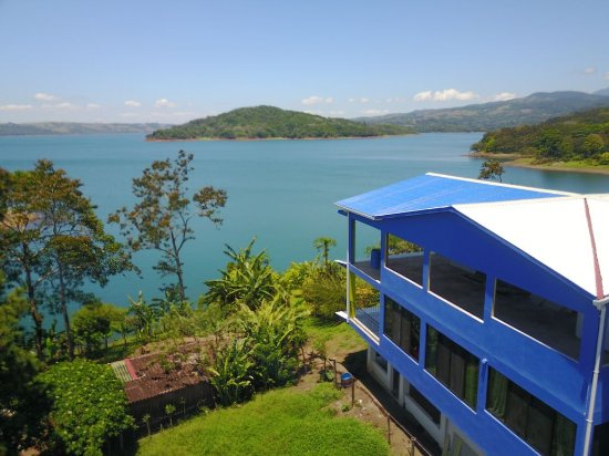 Nuevo Arenal, Costa Rica: Unique by the Lake with organic garden