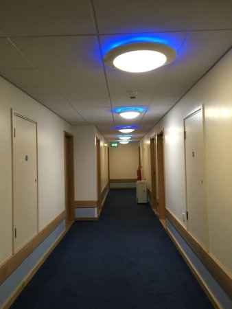Travelodge wallasey new brighton hotel reviews photos - Wirral hotels with swimming pools ...