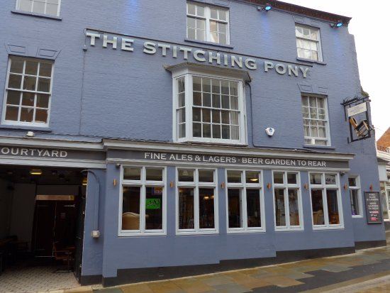 Кеттеринг, UK: Kettering, The Stitching Pony